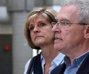 Raymond Bissonnette avait pris la parole en compagnie de sa femme, Manon Marchand, au palais de justice de Québec, à la fin des observations sur la peine de leur fils Alexandre, le 21 juin 2018.