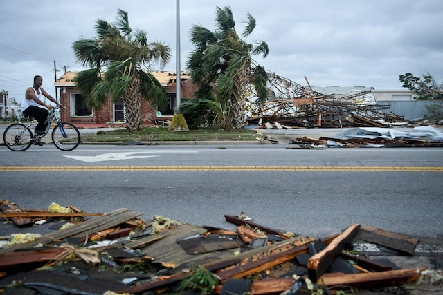 TOPSHOT - Storm damage is seen after Hurricane Michael in Panama City, Florida on October 10, 2018. - Michael slammed into the Florida coast on October 10 as the most powerful storm to hit the southern US state in more than a century as officials warned it could wreak