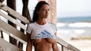 15 choses à savoir sur Ania Krosinska