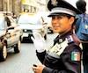 Cette policière municipale m'a semblé sympathique et aux antipodes des corrompus à l'air sinistre qui font office de police dans d'autres pays latinos.