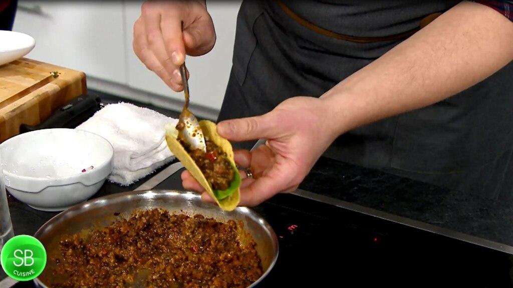 Tacos végétalien au ragout de lentille, crème de noix de cajou à la coriandre