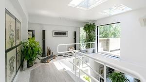 Une unité d'Habitat 67 à vendre pour 1 790 000$
