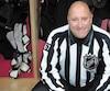 L'ex-juge de lignes Pierre Champoux a été témoin de comportements déplacés trop souvent dans les arénas. «Les temps changent, mais les parents n'évoluent pas quand il s'agit de hockey», déplore-t-il.