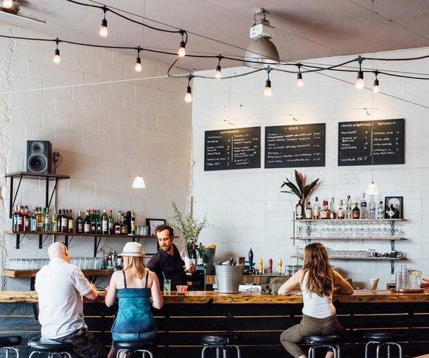 Un bar ADORÉ du Mile-Ex annonce sa fermeture