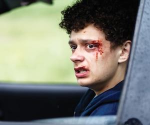 Dépassé par les événements, Logan (Lévi Doré) agit de plus en plus impulsivement.