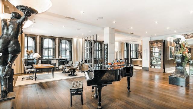 Le luxueux condo qu'habitait Pauline Marois dans le Vieux-Montréal comportait entre autres une terrasse de 2000 pieds carrés sur le toit.