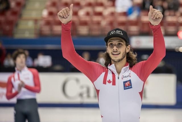 Le gagnant Samuel Girard après la finale du 500m hommes de patinage de vitesse à l'aréna Maurice-Richard à Montréal, dimanche le 20 août 2017.