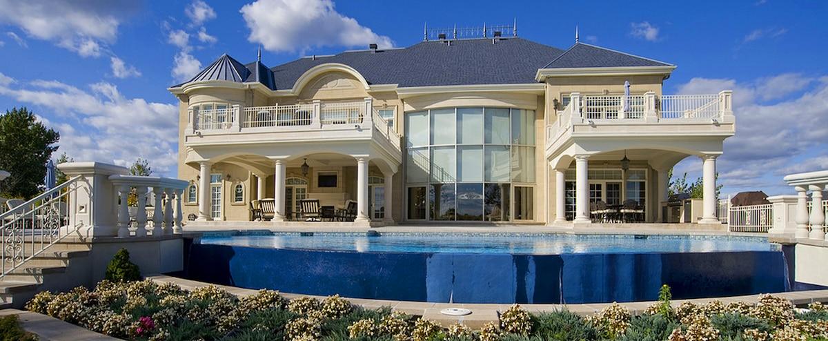 128 la maison la plus grande au monde piwne rekordy pani. Black Bedroom Furniture Sets. Home Design Ideas
