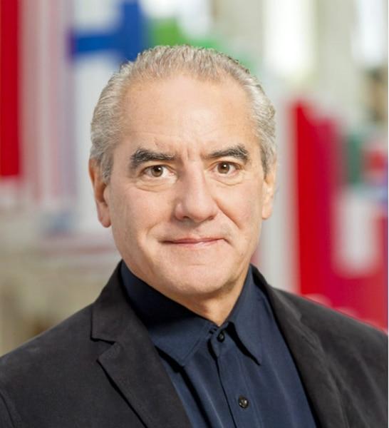 François Des Rosiers, professeur titulaire au Département de finance,  assurance et immobilier de l'Université Laval, spécialisé en économie urbaine et régionale.