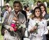 Marija Pejcinovic Buric, la ministre des Affaires étrangères et européennes de la Croatie et la ministre des Affaires étrangères du Canada, Chrystia Freeland, étaient parmi les politiciennes qui sont allées déposer des fleurs sur le monument à la mémoire de la tuerie de la Polytechnique.