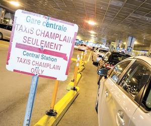 Dès le 1<sup>er</sup> décembre prochain, ces voitures de Taxi Champlain perdront leur exclusivité à la gare Centrale de Montréal au profit des voitures de Taxelco, la société mère de Téo Taxi, laquelle regroupe également Taxi Diamond et Taxi Hochelaga.