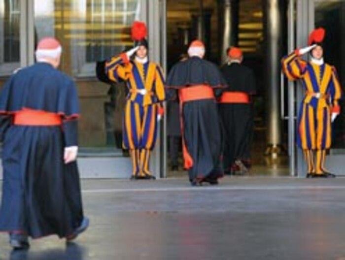Les cardinaux du monde entier réunis au Vatican pour évoquer la pédophilie