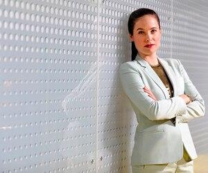 Tête d'affiche de <i>Mary Kills People</i>, Caroline Dhavernas a multiplié les entrevues aux médias américains au cours des dernières semaines.