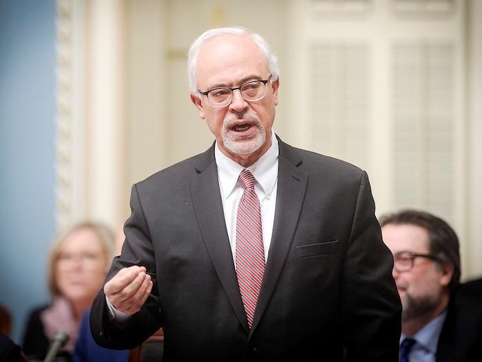Les Québécois se laisseront-ils acheter par les chèques du gouvernement libéralet de son ministre des Finances Carlos Leitão ?