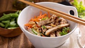Image principale de l'article Salade asiatique de poulet