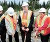 Les travaux de la première mine de diamants au Québec ont officiellement débuté le 10 juillet 2014, au nord de Chibougamau, en présence du premier ministre Philippe Couillard. Il s'agissait du projet phare du Plan Nord, lancé sous le règne de Jean Charest.