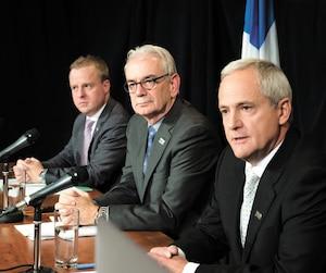 Le 31 octobre 2017, les trois plus hauts dirigeants de l'UPAC s'expliquaient à la suite de l'arrestation du député Guy Ouellette. Tous trois ont aujourd'hui quitté l'organisation.