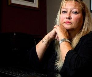 Lorraine Leblanc, ex-enquêtrice aux agressions sexuelles de la police de Montréal, avoue ne pas avoir eu le courage de dénoncer son ancien patron, qui l'aurait harcelée sexuellement.