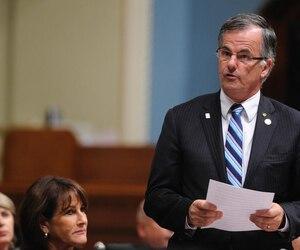Le député libéral, Guy Ouellette.