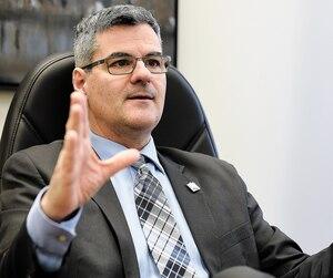 «Le domaine de l'informatique est gangrené par la corruption, la collusion», pestait Éric Caire dans l'opposition.