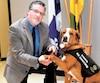 Le maître-chien, Gilbert Lemelin, et le chien Sundae étaient présents pour la première fois dans une cause au Lac-Saint-Jean.