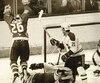 Le 2 mai 1985, Peter Stastny a déjoué le gardien Steve Penney, du Canadien, en prolongation lors du septième match de la série demi-finale d'association. Chris Chelios (24) et Guy Carbonneau (21) ont été incapables de neutraliser l'attaquant des Nordiques qui remportaient la série 4-3.