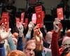 Les militants du Parti libéral du Canada se prononcent, le samedi 21 avril 2018, sur les nouvelles politiques du parti lors de leur congrès national, à Halifax, en Nouvelle-Écosse