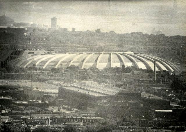 Contrairement aux Jeux de Montréal, les compétitions de l'été prochain se dérouleront dans un stade olympique achevé.