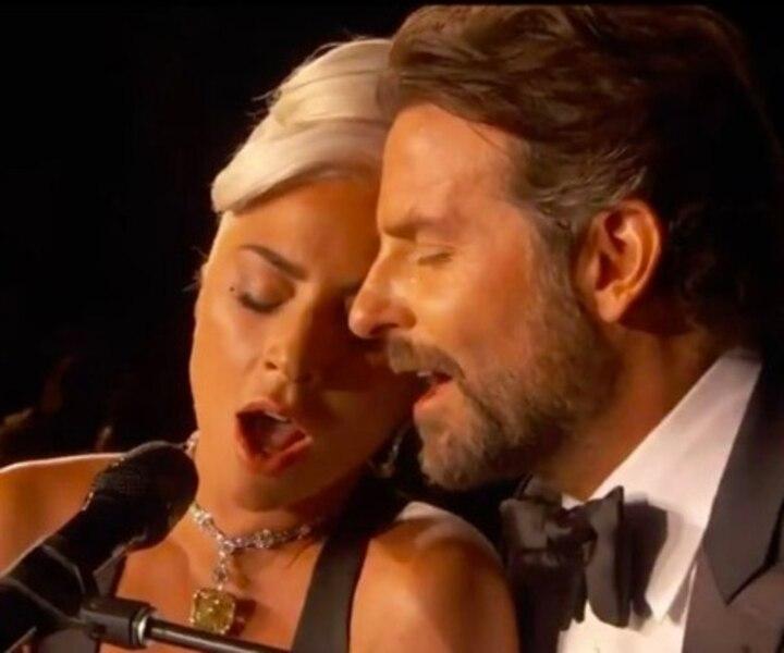 Oscars 2019: Voyez la performance de Bradley Cooper et Lady Gaga qui fait jaser!