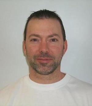 La Sûreté du Québec est présentement à la recherche d'un individu qui se serait évadé à Chertsey au cours des derniers jours.