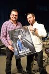 Le réalisateur Félix Rose et le candidat de Québec solidaire, Vincent Lemay-Thivierge, après la projection du film, samedi dernier.