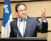 Le chef du Bloc québécois, Yves-François Blanchet, a soutenu hier à Montréal qu'il était trop tôt pour évoquer la possibilité de faire tomber le gouvernement s'il contribuait à contester la loi québécoise sur la laïcité devant les tribunaux.