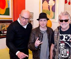 Le fondateur du Rockfest, Alex Martel, est entouré de Claude Larivée, de La Tribu, et de Gilbert Rozon, de Juste pour rire.