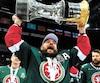 À sa première saison dans l'uniforme de l'AK Bars de Kazan, Andreï Markov a soulevé la coupe Gagarine, trophée emblématique de la KHL. Il a ensuite célébré l'événement avec sa famille.