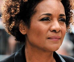 <b>Michaëlle Jean</b><br /> Secrétaire générale