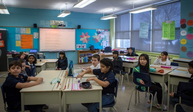 L'école primaire de la Mosaïque, dans le quartier Côte-Saint-Luc, à Montréal, est principalement composée d'élèves allophones issus de communautés culturelles variées. Les images ont été prises le jeudi, 12 janvier 2017. TOMA ICZKOVITS/AGENCE QMI