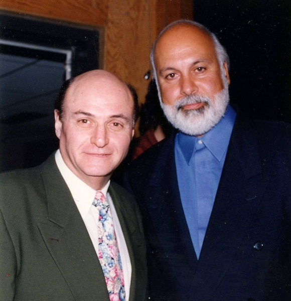 Ben Kaye, agent d'artistes montréalais et René Angelil. Mars 1995. photo André Viau / Le Journal de Montréal.