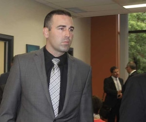 Kaven Deslauriers est le seul des 4 policiers impliqués dans l'arrestation d'Alexis Vadeboncoeur à avoir été trouvé coupable de voies de fait.