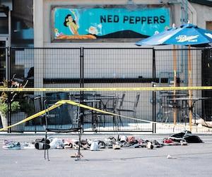 Des souliers abandonnés sur les lieux de la tuerie de Dayton, en Ohio, témoignent de la panique ressentie quand un homme de 24 ans a ouvert le feu.
