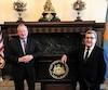 Jim Kenney, maire de Philadelphie, et Régis Labeaume, maire de Québec, se sont donné rendez-vous à l'hôtel de ville de Philadelphie hier pour une rencontre sur les échanges à venir entre les deux villes. Ils ont aussi assisté en soirée à un match des Flyers.
