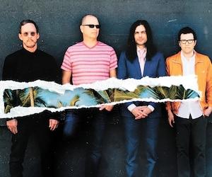 Le groupe Weezer a lancé <i>The Black Album</i> le 1er mars.