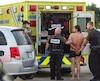 L'homme de 31 ans qui a pris la fuite en sous-vêtements avec un VUS de la Sûreté du Québec demeure en prison jusqu'à son retour en cour, mercredi prochain.