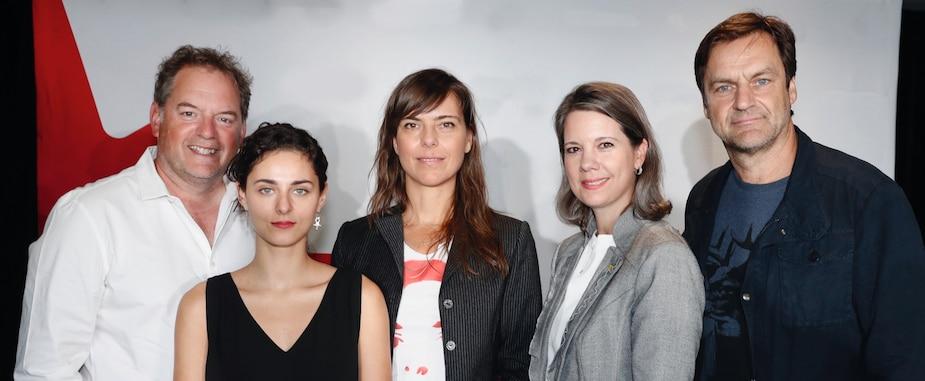 Paul Doucet, Nahéma Ricci, Sophie Deraspe, Christa Dickenson (directrice générale de Téléfilm Canada) et Benoit Gouin.
