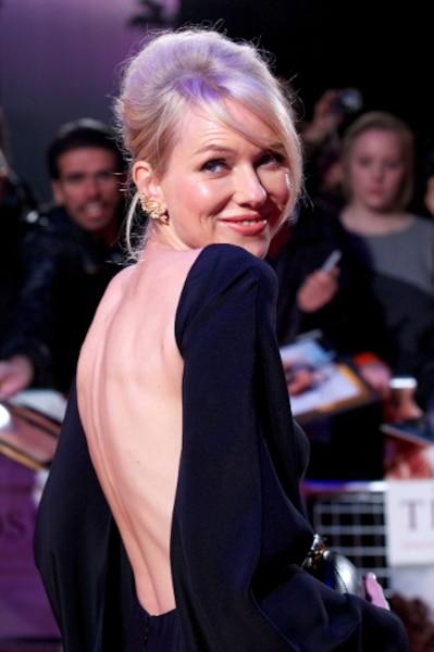 Naomi Watts, 44 ans, est une des actrices du film The impossible, qui a comme toile de fond le tsunami survenu en Thaïlande en 2004.