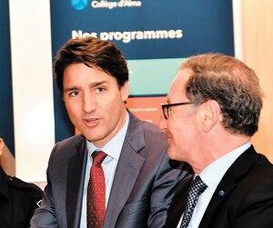 Le premier ministre Justin Trudeau était de passage au Collège d'Alma, jeudi, en compagnie du député Richard Hébert.