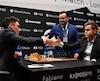 Magnus Carlsen (droite) et Fabiano Caruana
