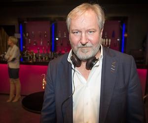 Le réalisateur Sylvain Archambault est visé par des allégations d'inconduite et de harcèlement par une vingtaine de comédiens et de techniciens.