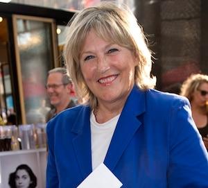 Danielle Ouimet est choquée d'apprendre qu'une enseignante du collège Jean-de-Brébeuf a été congédiée parce qu'elle avait joué nue dans des films il y a plus de 40 ans.