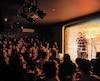 En moins de trois ans, le Bordel Comédie Club s'est établi comme l'incontournable numéro un des soirées d'humour à Montréal. Lors de notre passage, l'humoriste Charles Deschamps y animaitune soirée open mic.
