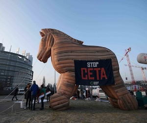 Le CETA, un cheval de Troie pour des manifestants réunis mercredi.